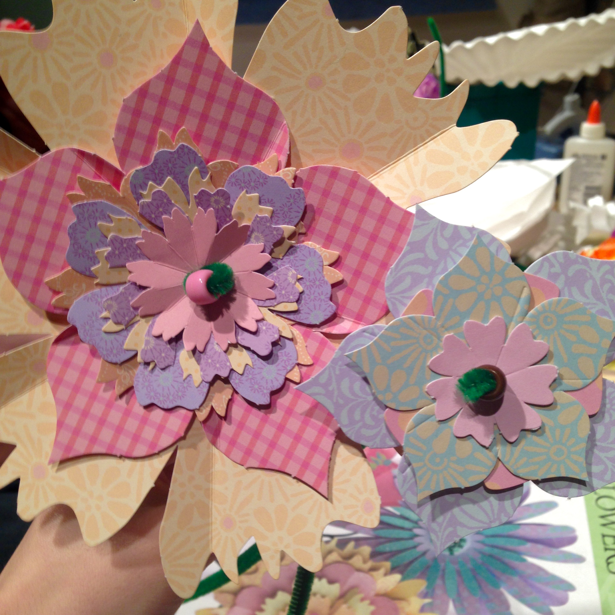 Dabbledabble drop in learn to make paper flowers dabble add this class to your favorites to be notified about the next learn to make paper flowers class mightylinksfo
