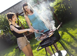Keeping the grill uncovered will help adding an acidic taste to food.