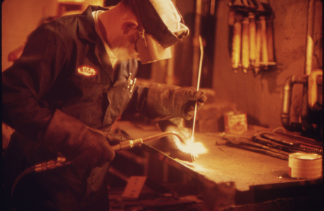 teaching metalsmithing Teacher appointment criteria fine arts p133 - introduction to metalsmithing fundamentals for non-majors statement of intent this.