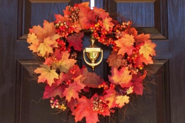 fall-crafts-decor-wreath-leaves